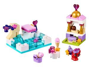 lego een dag bij het zwembad met treasure 41069